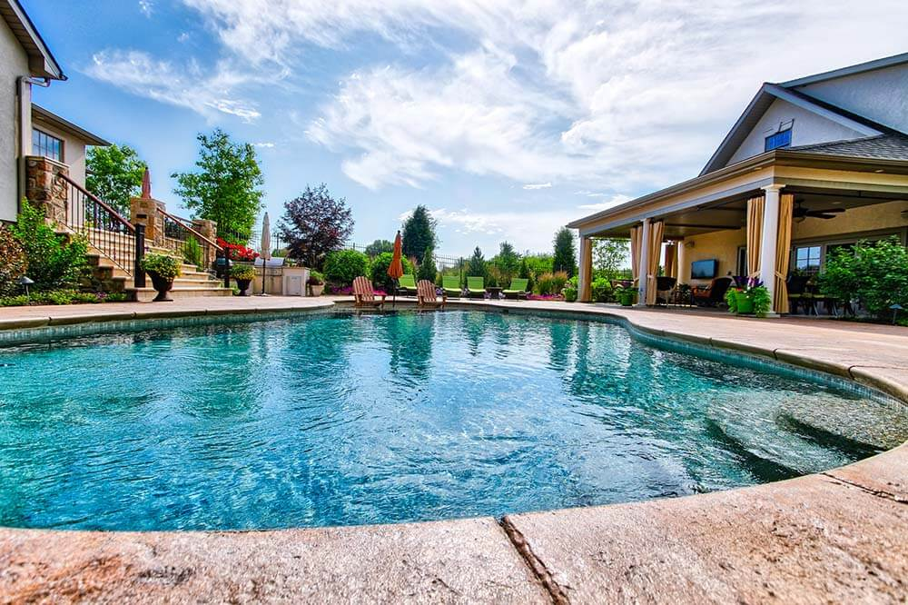 Pool design clean energy maintenance inc for Quality pool design